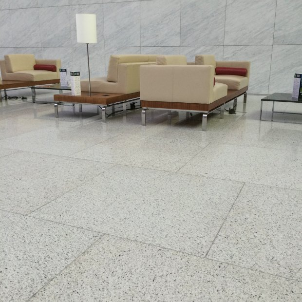 bethel-white_pavimentazione-rivestimento-muri-interno_doha-52_lav.jpg