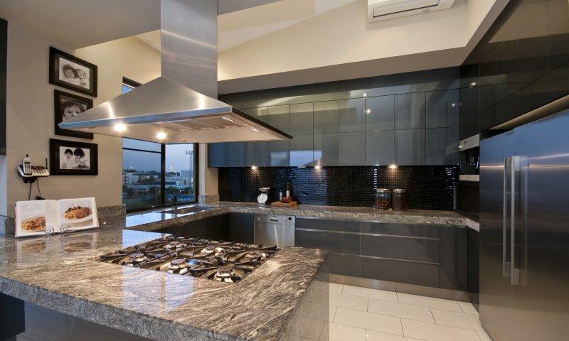 silver_cloud_kitchen_countertop.jpg